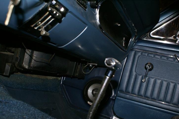 1966 Mustang Courtesy Light Location