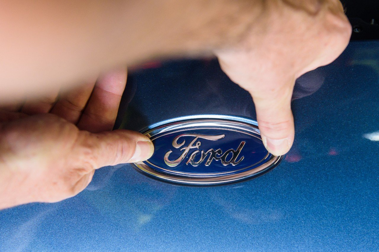 Hackett's Axe Falls in Earnest As Ford Announces 7,000 Salaried Cuts