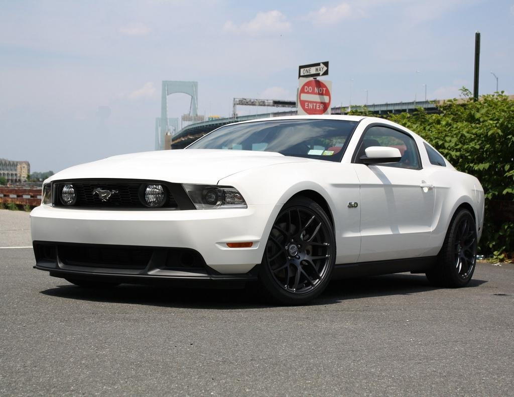 my 2011 mustang gt with new mods photos and video. Black Bedroom Furniture Sets. Home Design Ideas