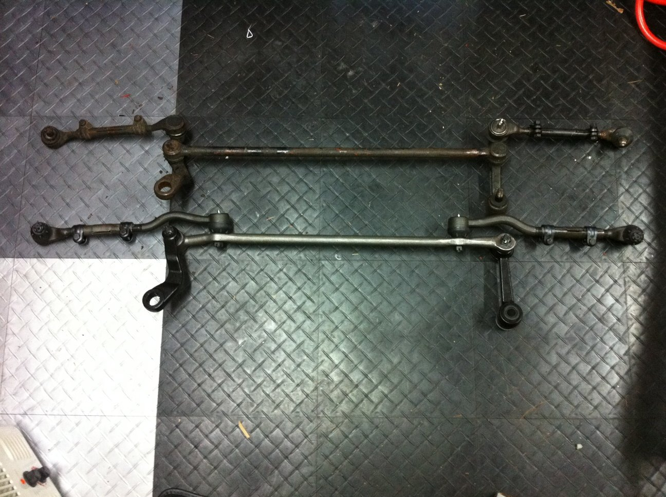 Pics Of I6 Vs V8 1965 Mustang Steering Linkage Ford