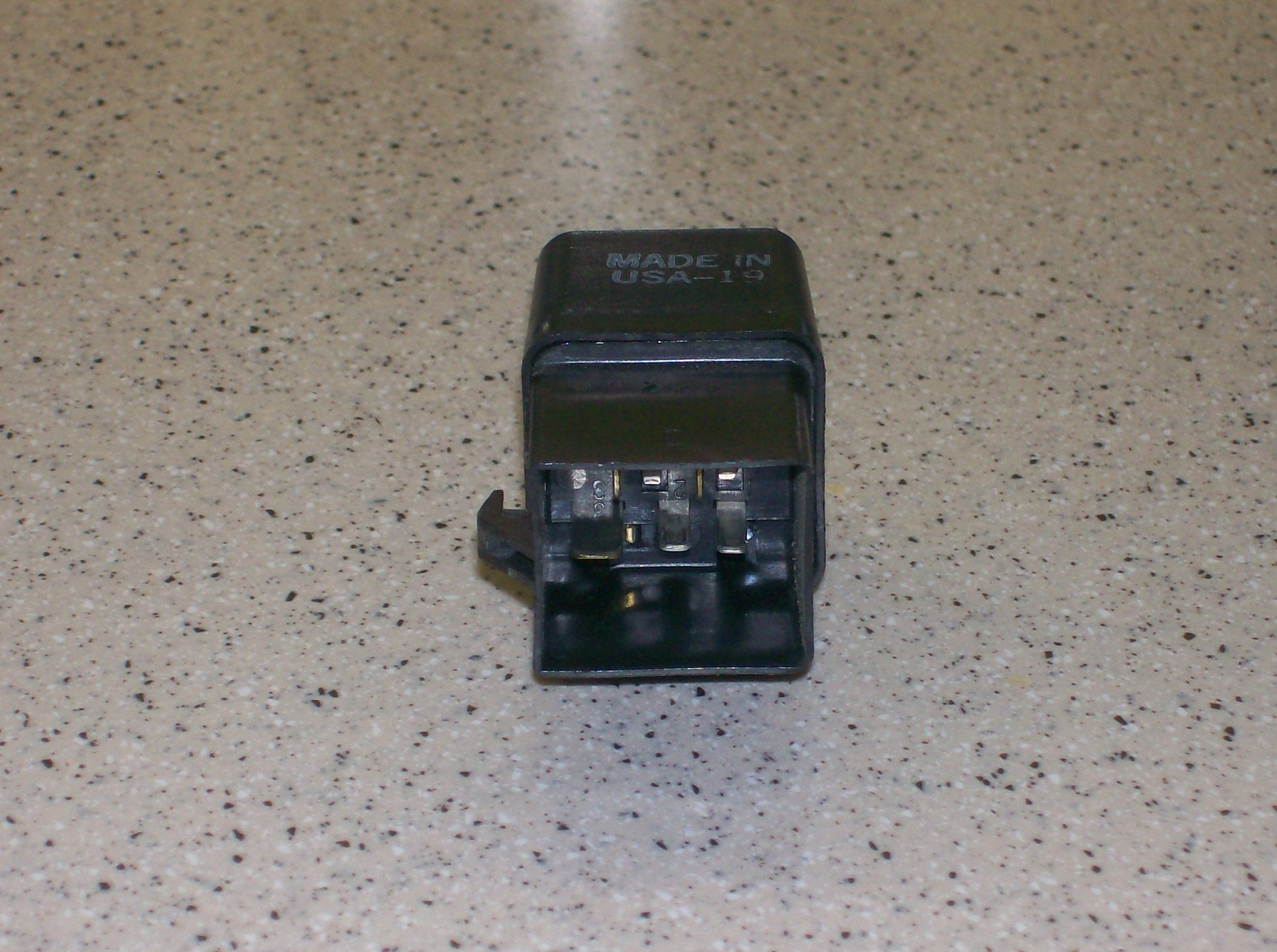 1988 mustang 5 0 fuel pump relay pic ford mustang forum click image for larger version 100 3147 jpg views 12486 size 870 8