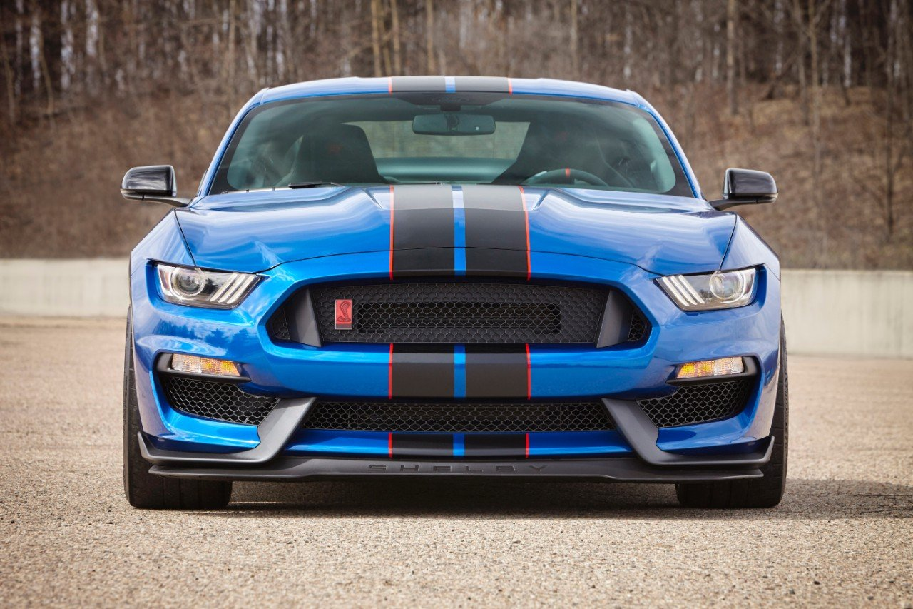 Mustang Shelby GT350 Rumored to Get Dual-Clutch Transmission