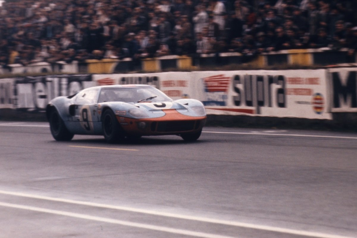Throwback Thursday: Lap Le Mans in a Legendary GT40