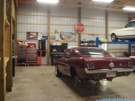 garage tour mans cave page 4 ford mustang forum. Black Bedroom Furniture Sets. Home Design Ideas