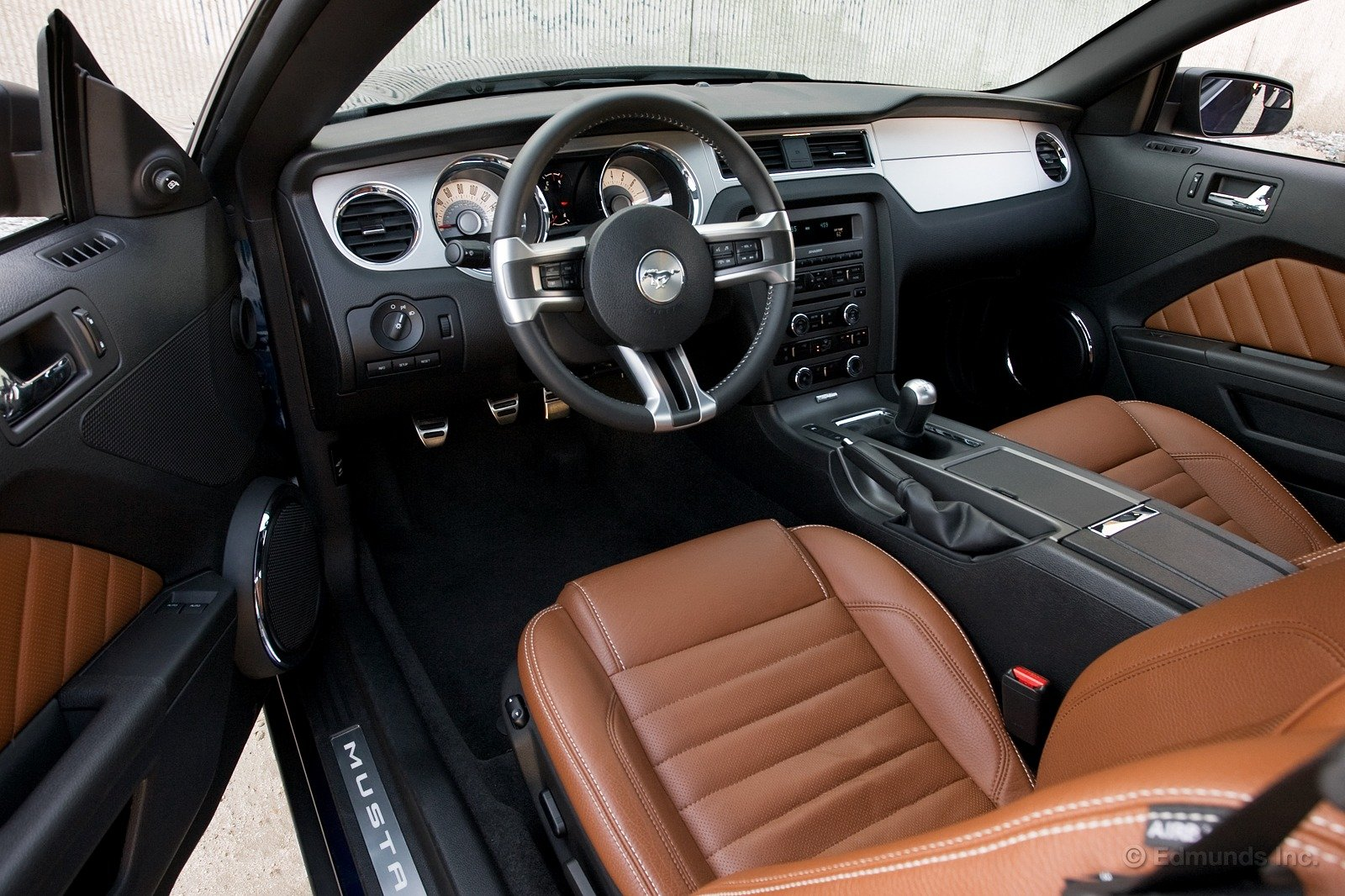 brown leather interior ford mustang forum. Black Bedroom Furniture Sets. Home Design Ideas