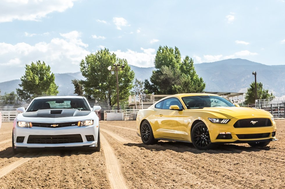 2015-ford-mustang-with-2015-chevrolet-camaro-ss-1le-front-view