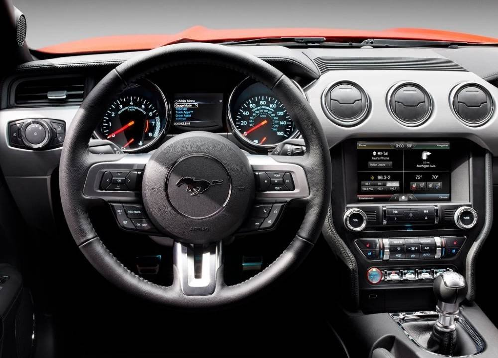 The 2017 Mustang is Now Compatible With Apple Car Play and Android Auto