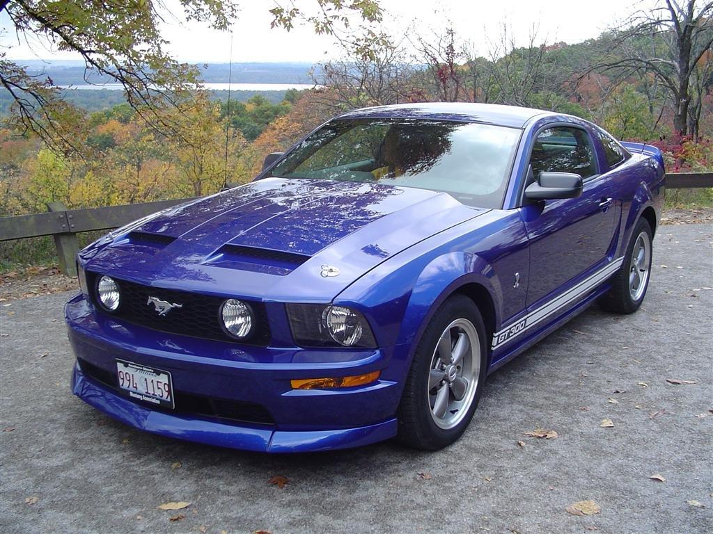 California Dream Hood Amp Qwik Latch Hood Pins 2007 Mustang