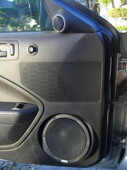 2005 Mustang  Component Speakers In Place Of Shaker 500