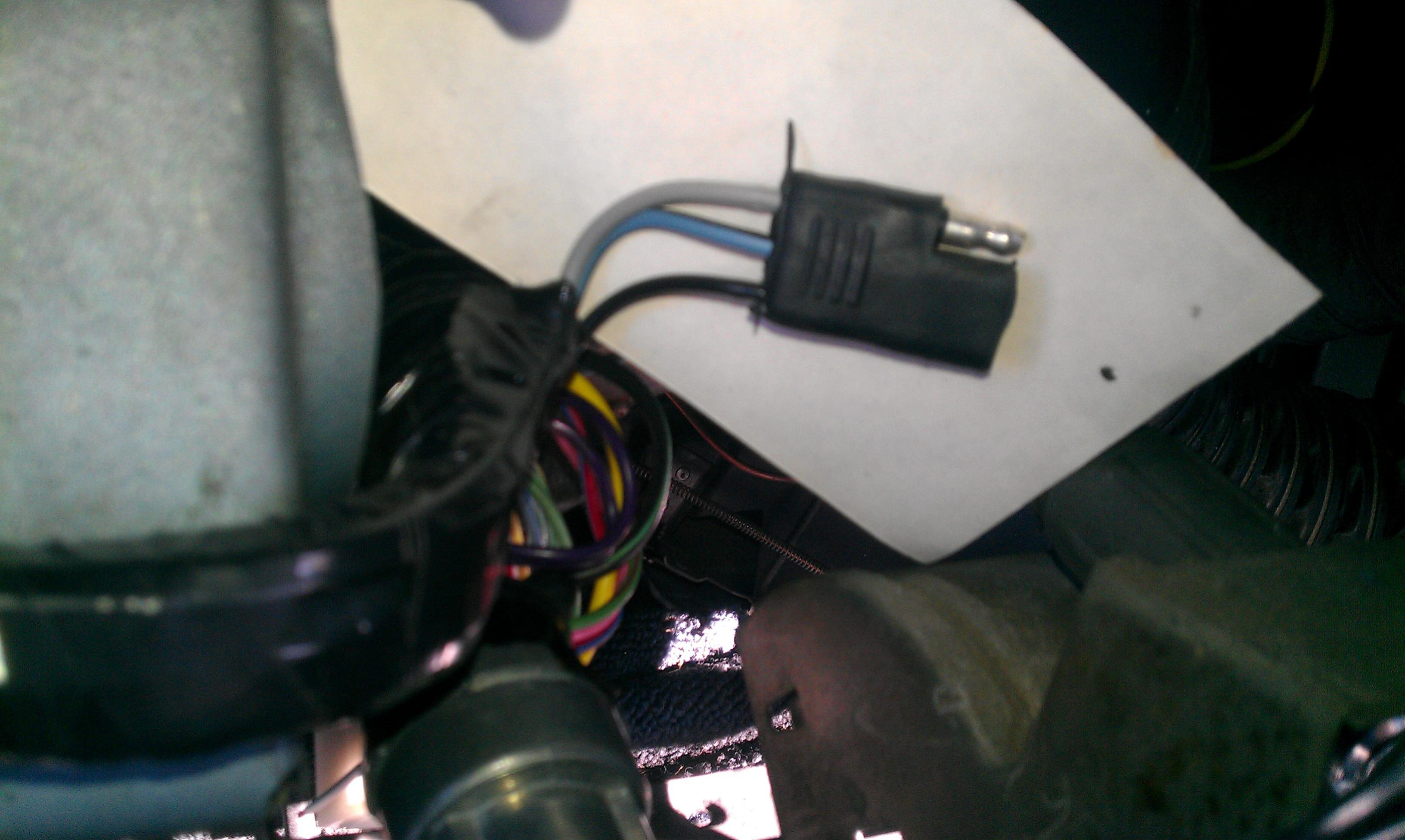 Need assistance in identifying under dash wire harness wires ...