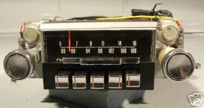 1967 1968 Ford Mustang  AM//FM Radio with Speaker