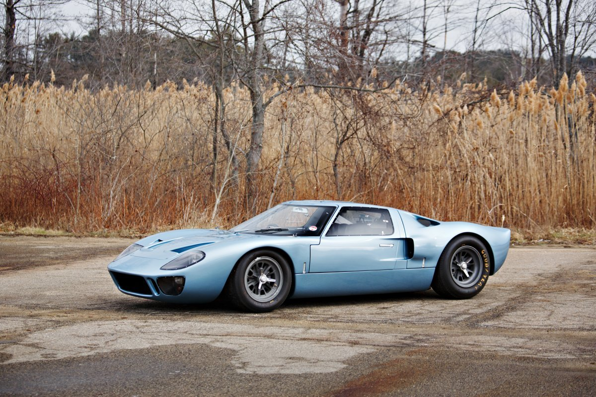 A True Road Racer A  Ford Gt