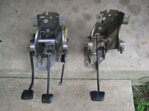 AOD to T5 swap procedure-auto-manual-pedals.jpg