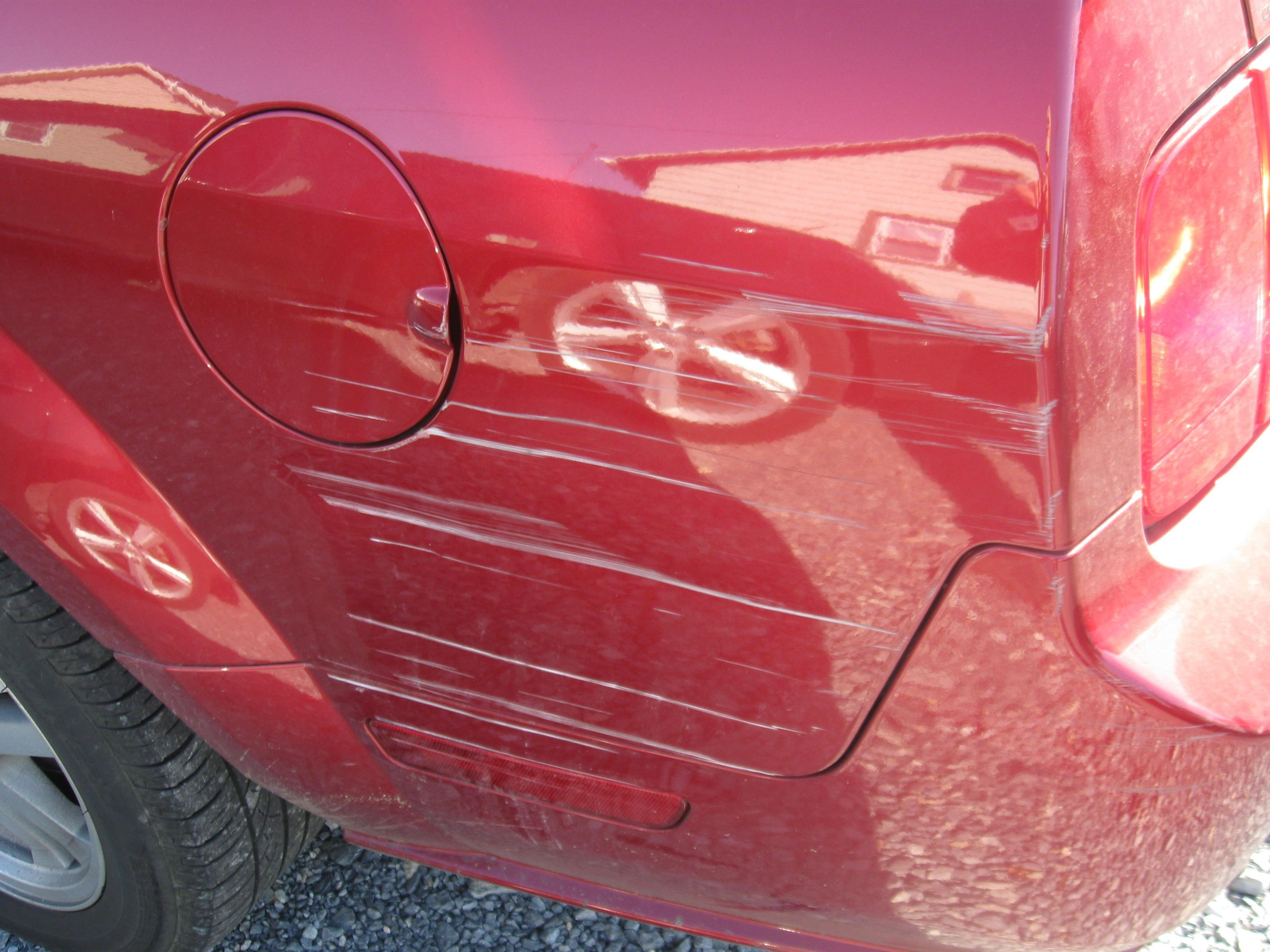 Can Car Wax Take Out Scratches