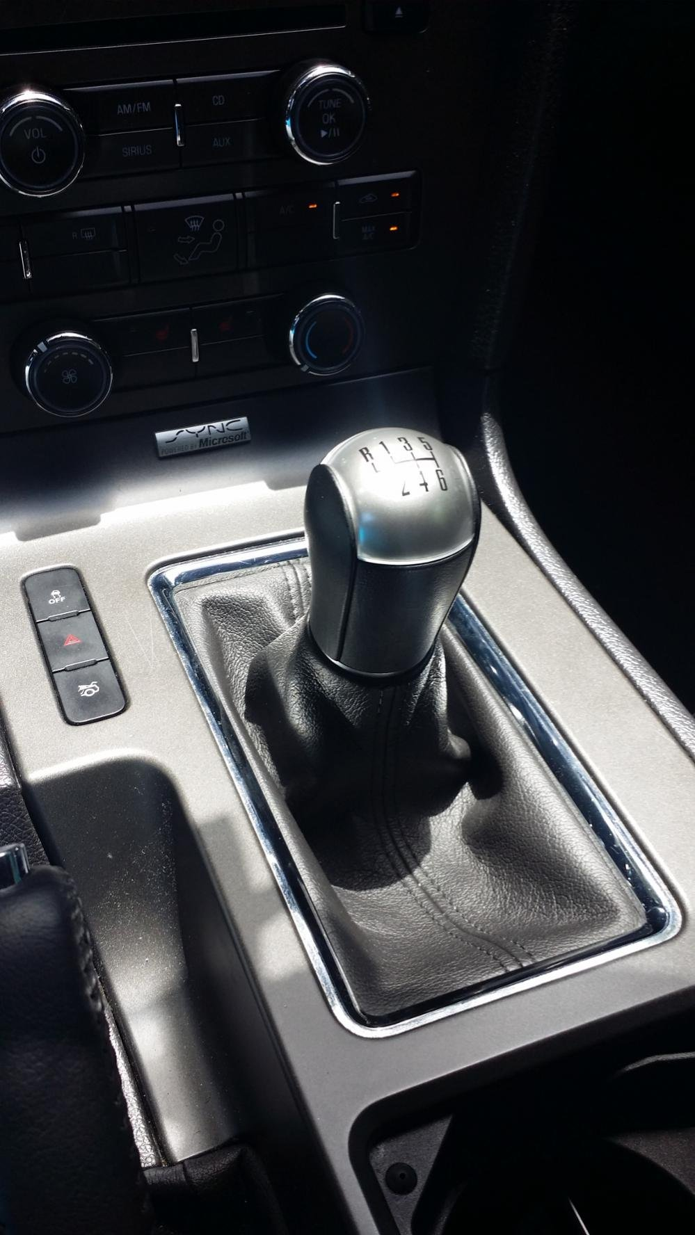 shifter knob ford mustang forum. Black Bedroom Furniture Sets. Home Design Ideas