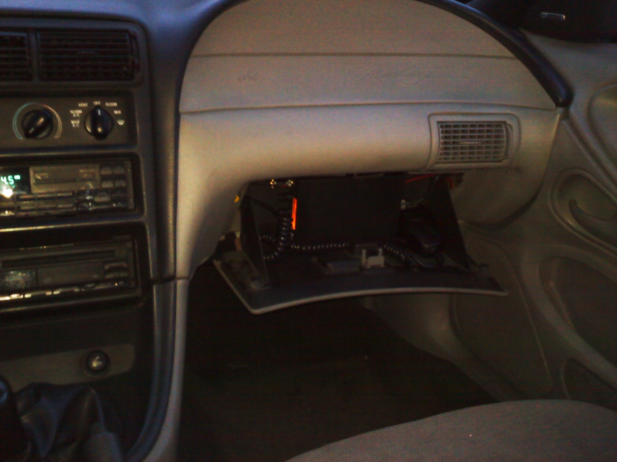 2000 Mustang Cb Radio Fuse Box Touble