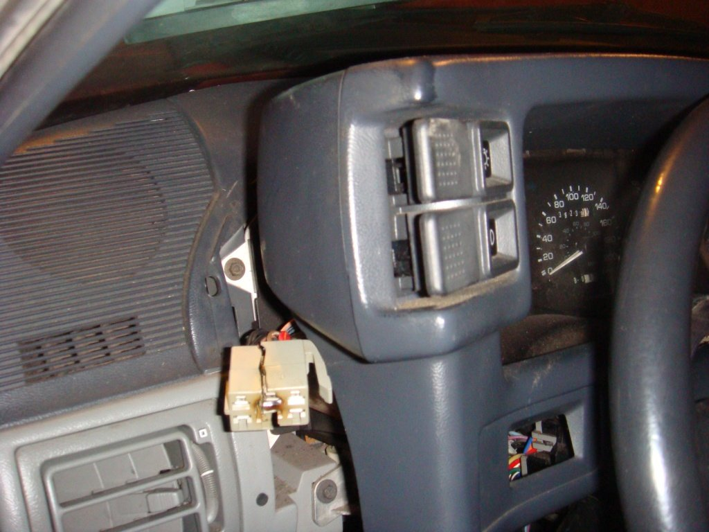 102866d1277536822 headlight switch burnt out please help dsc01026 headlight switch burnt out! please help ford mustang forum 1990 mustang headlight wiring diagram at gsmx.co