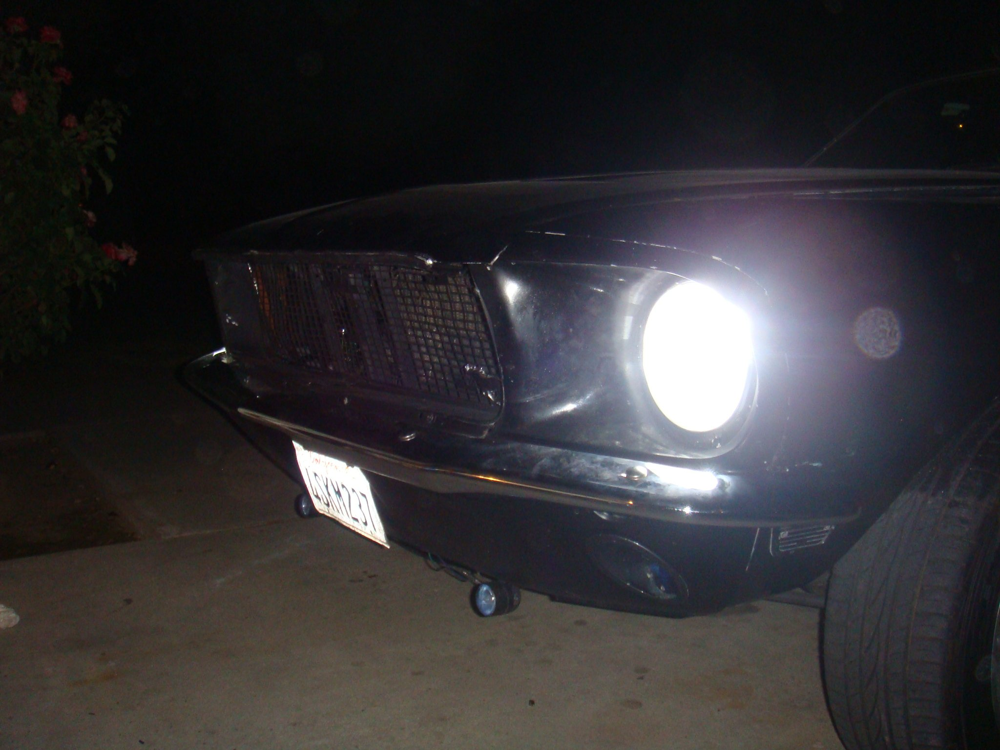 HID headlightd on 1968 mustang coupe-dsc01492.jpg