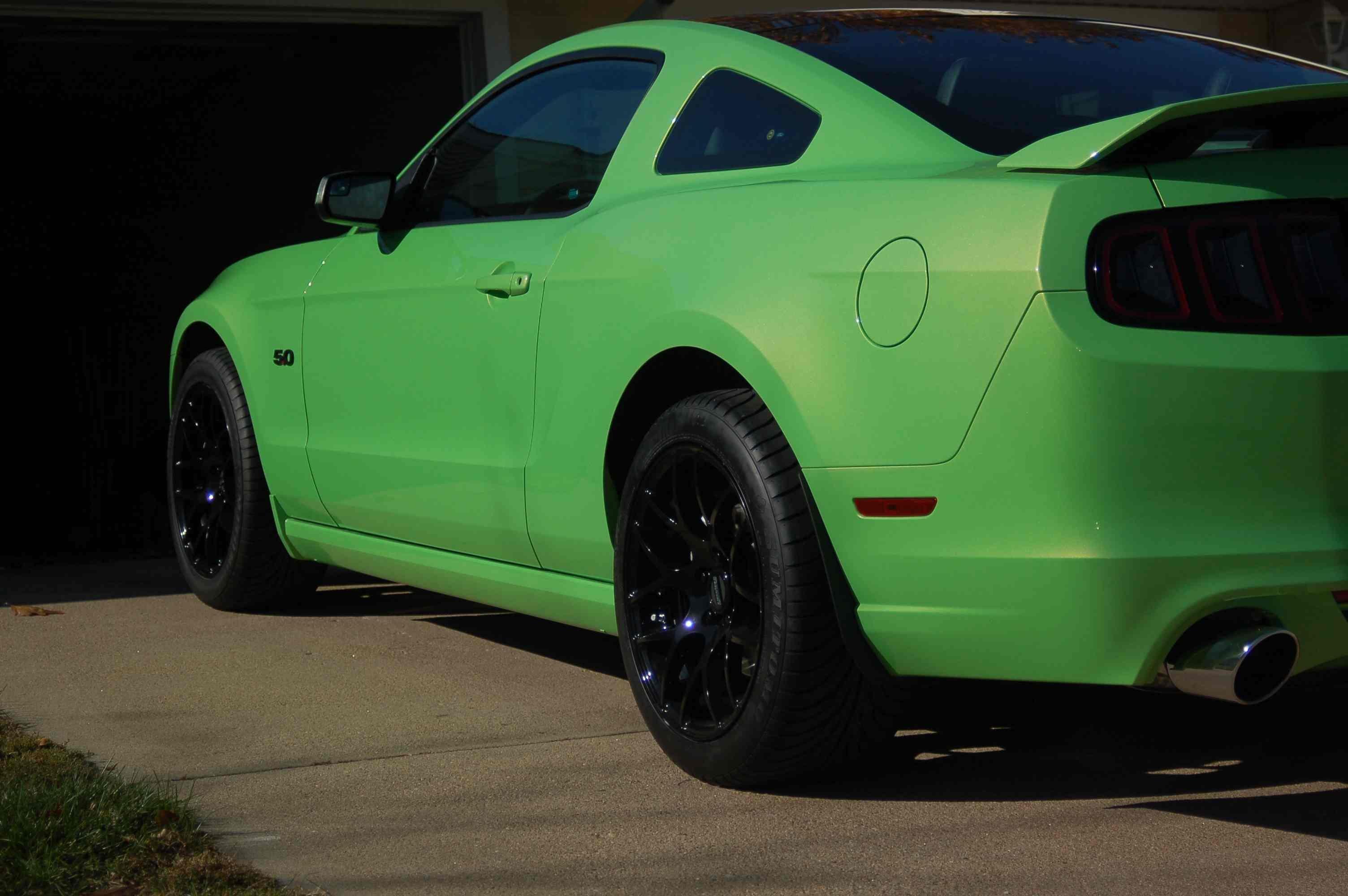 New AMR wheels & black 5.0 emblems installed! - Ford ...