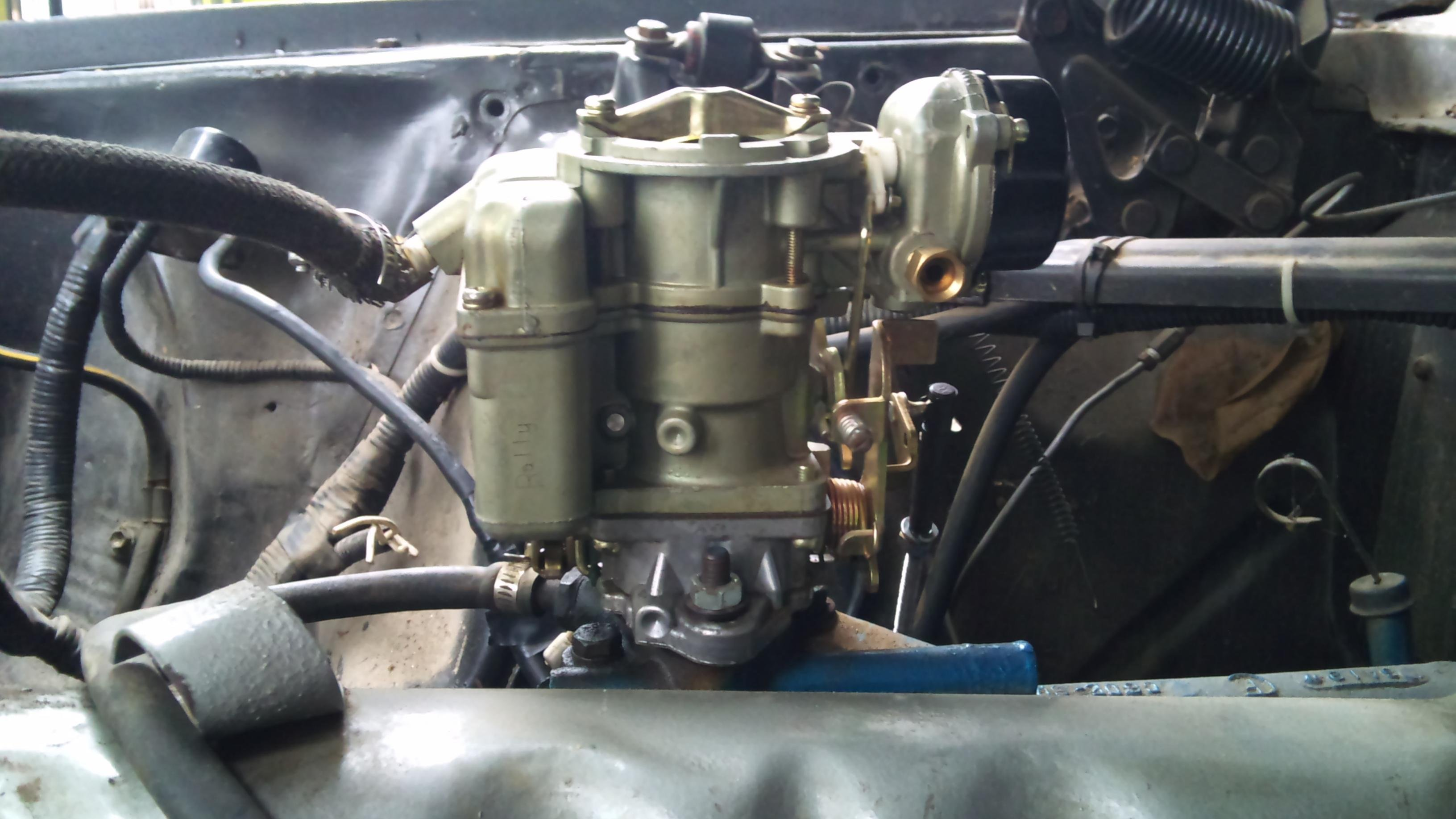 Ford Inline Six Heads http://www.allfordmustangs.com/forums/classic-tech/275794-carburetor-6-cylinders.html