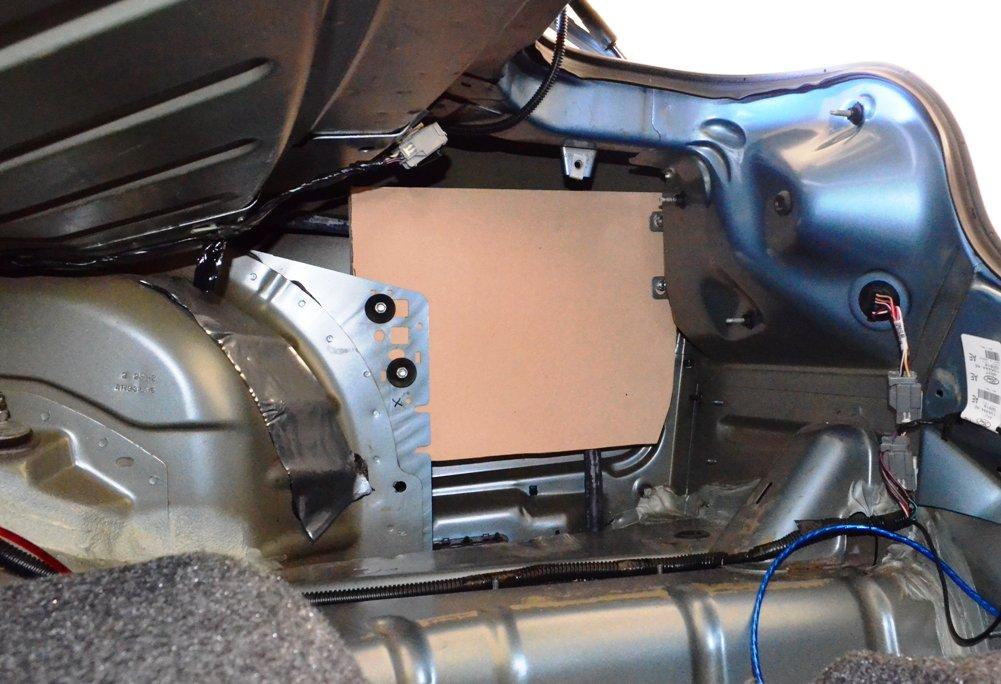 2006 Mustang Convertible Shaker 500 150 Subwoofer