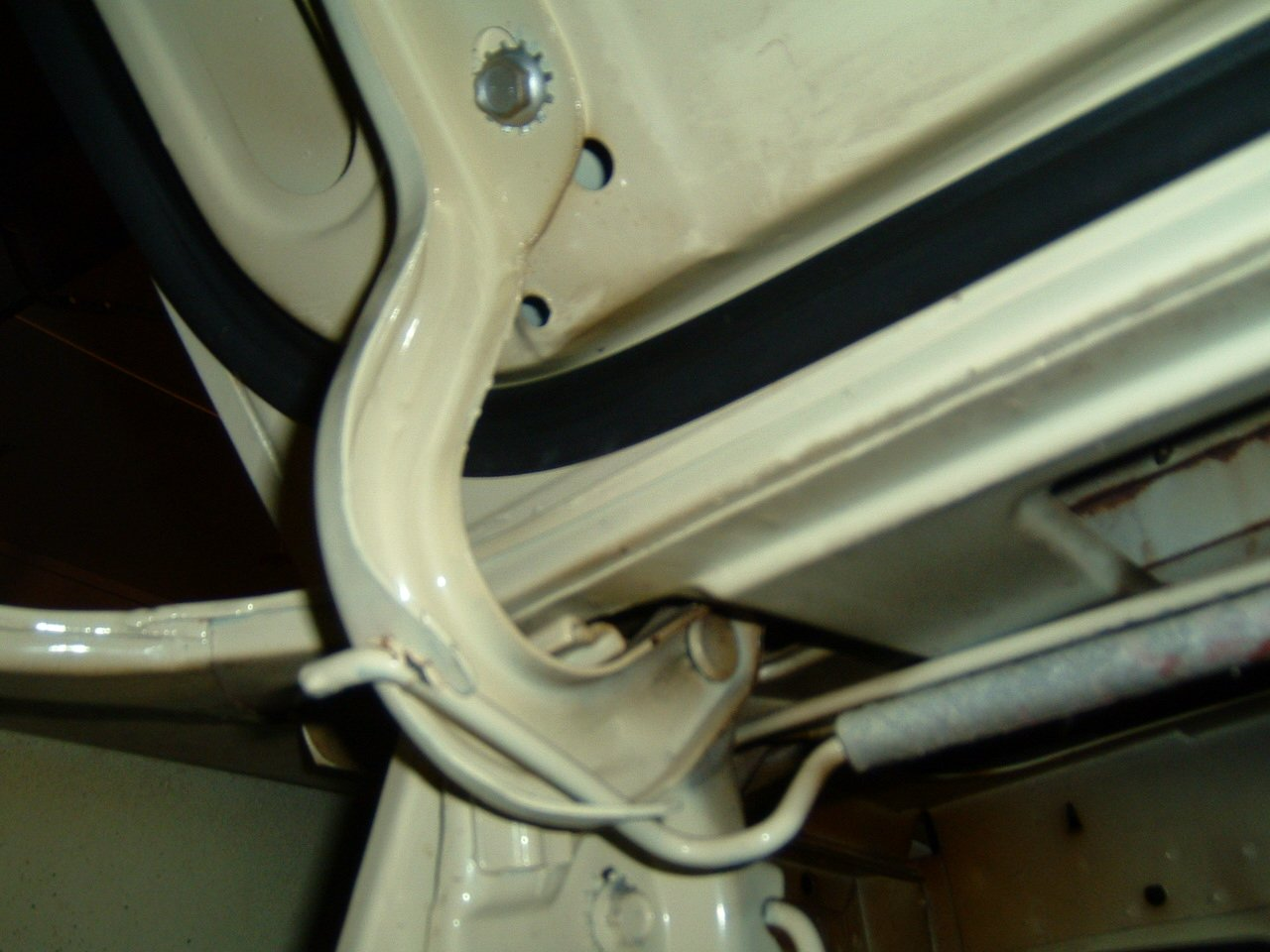 Ford Fort Worth >> 1965 Mustang How Are The Trunk Tension Bars Installed ...