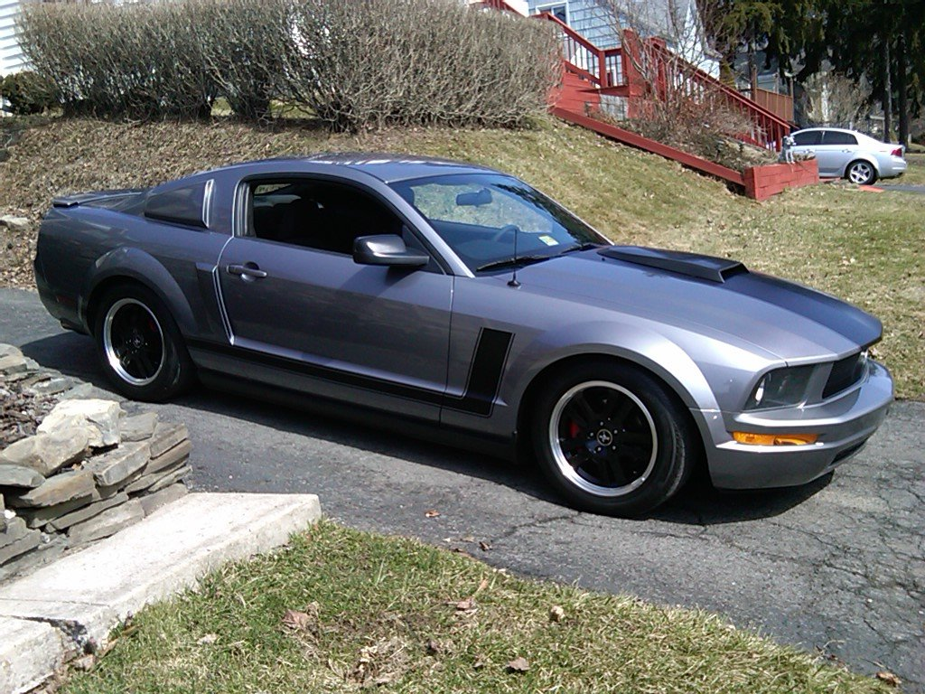 mustang 4 0 valve cover painting ford mustang forum. Black Bedroom Furniture Sets. Home Design Ideas