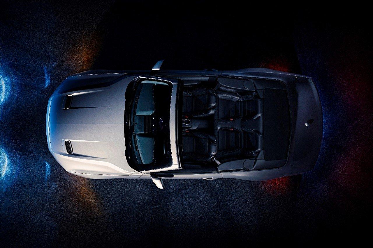 ford-mustang-gt-convertible-ingot-silver-2-1