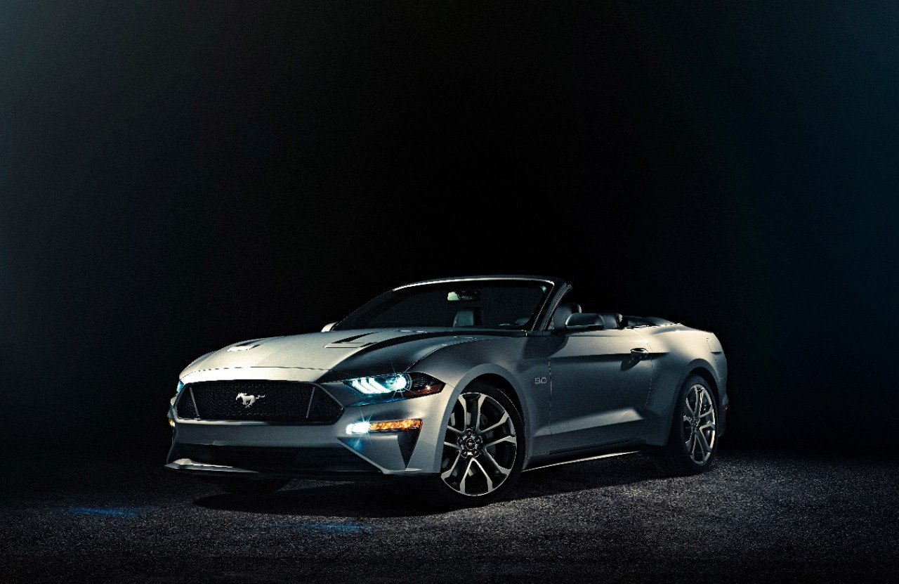 ford-mustang-gt-convertible-ingot-silver