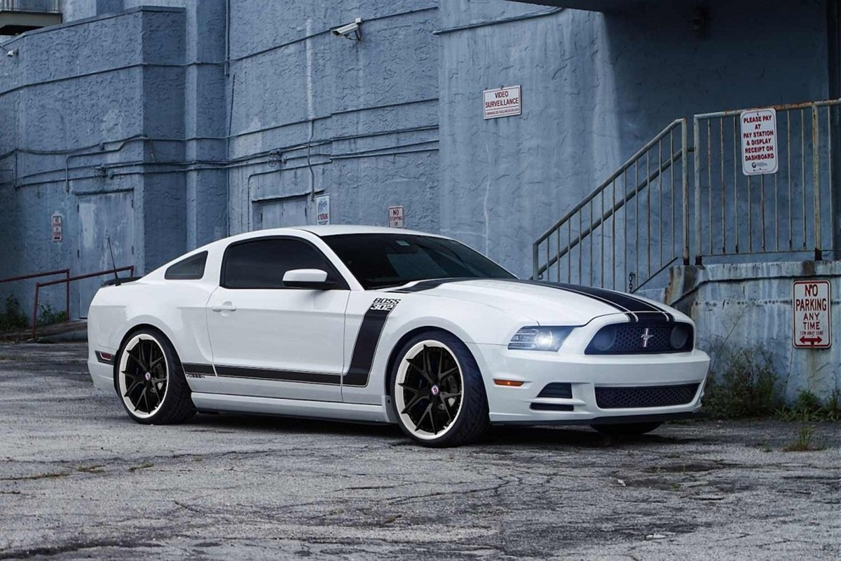 2013 ford mustang boss 302 white 2013 boss recaro seats and - Ford Mustang 2013 White