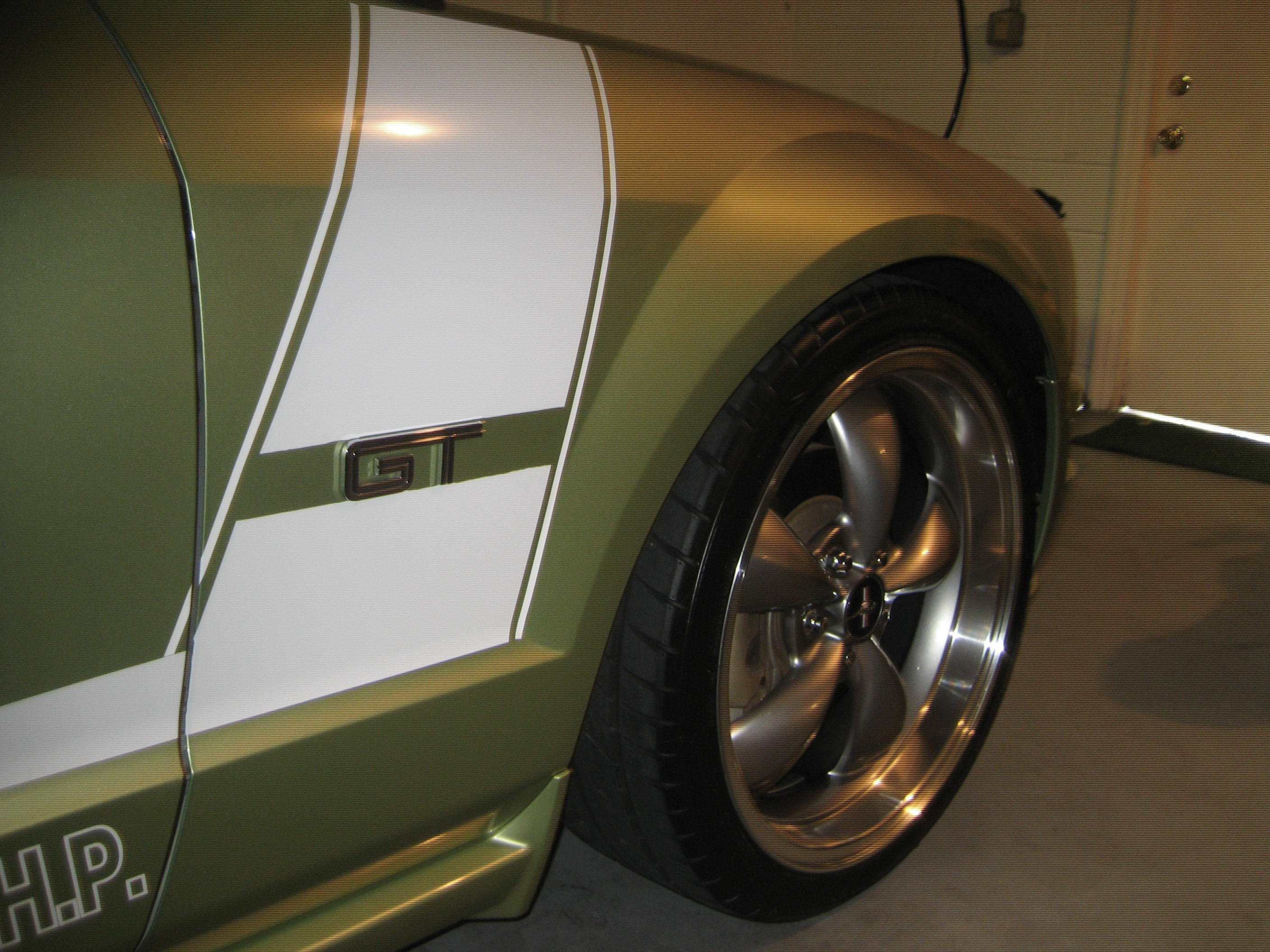 2005 Mustang GT Traction Issues?-forum-picture-2-011.jpg