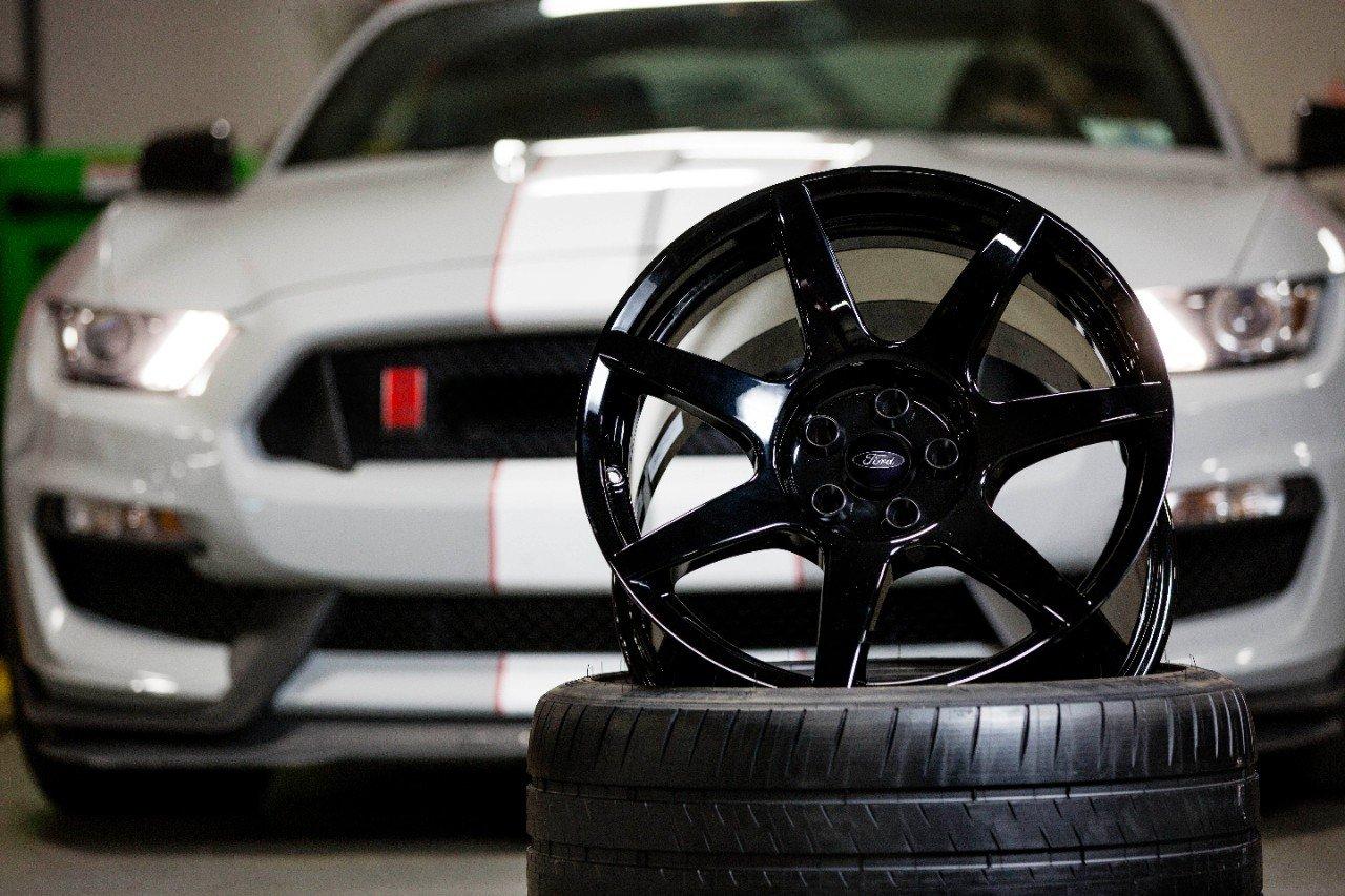 GT350R-Wheel-1407