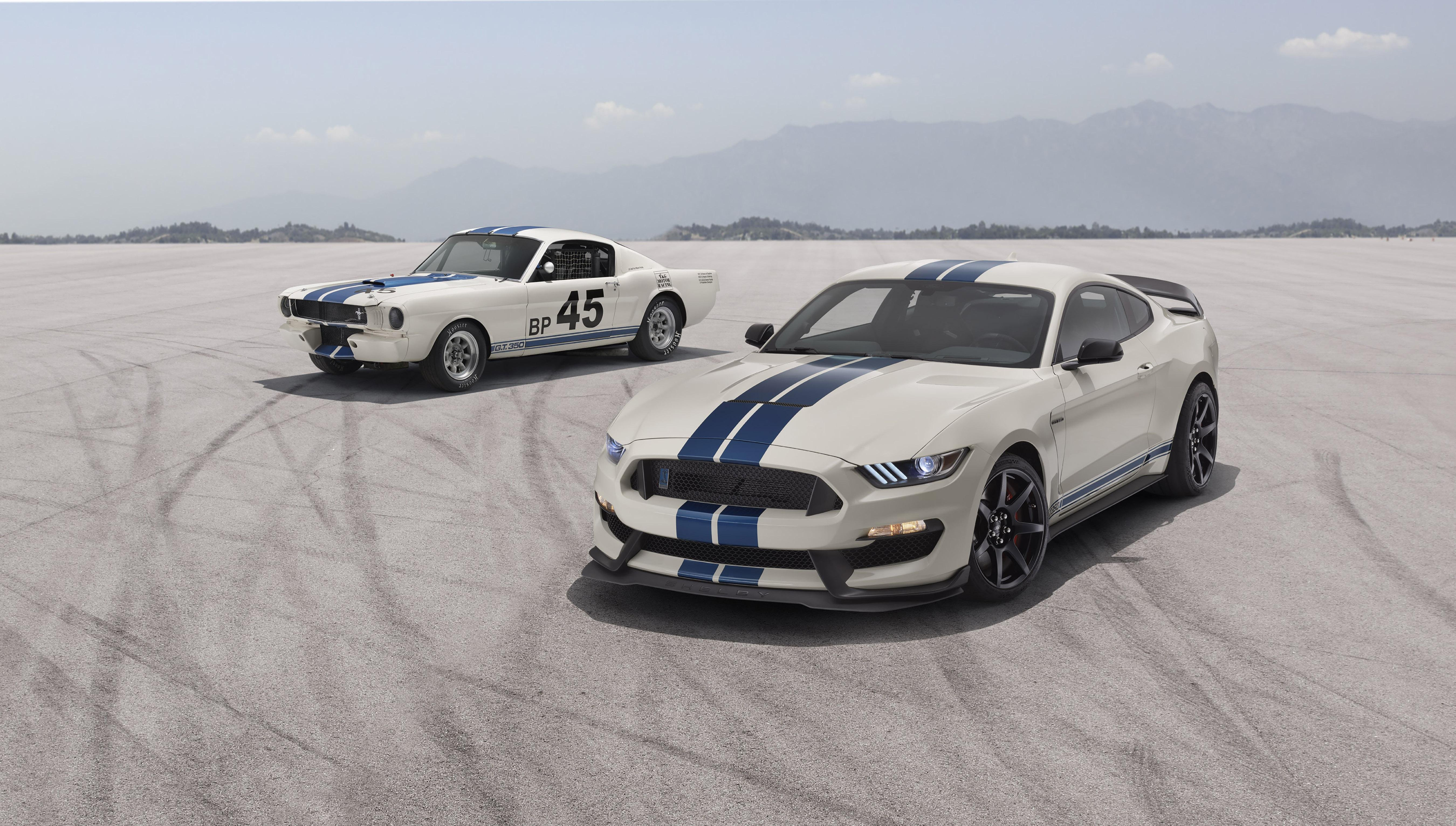 Ford Gives Mustang Shelby GT350 Some Old-School Stripes and Paint