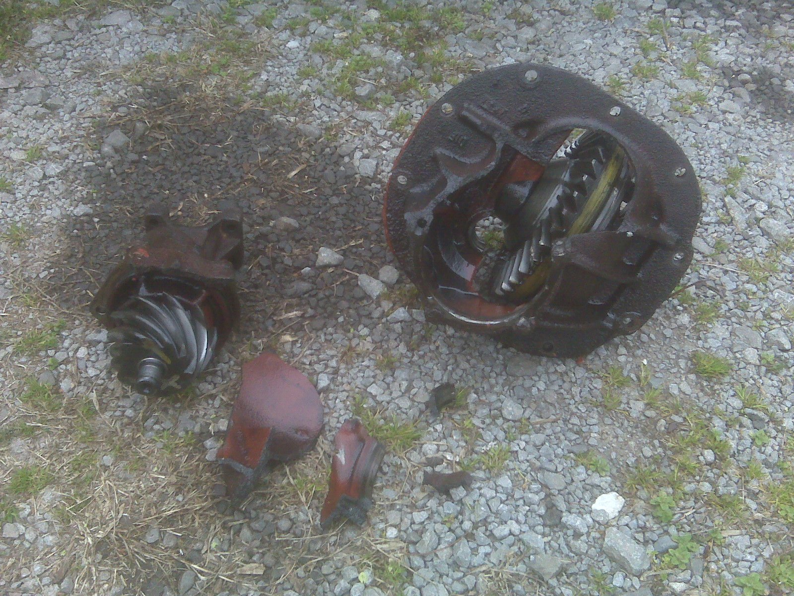 how to beef up the 8 inch differential?-img00213.jpg