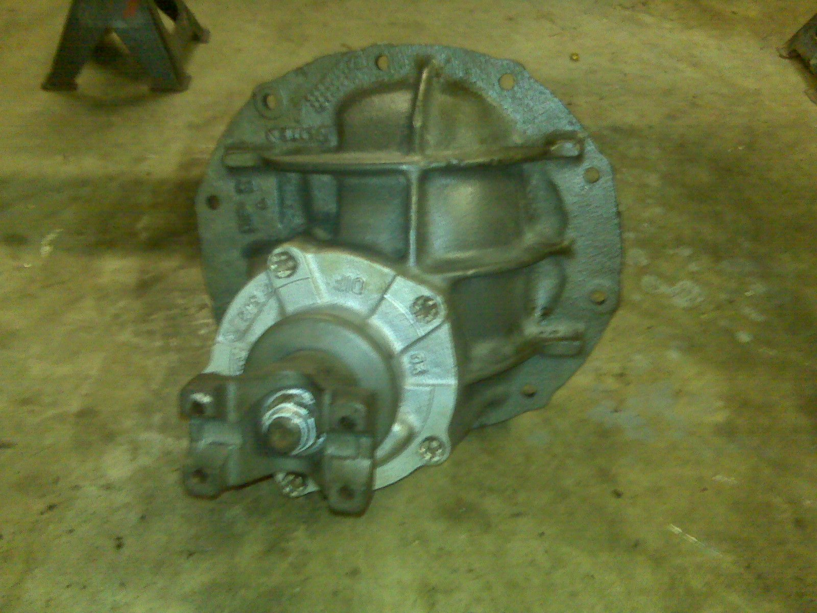 how to beef up the 8 inch differential?-img00227.jpg