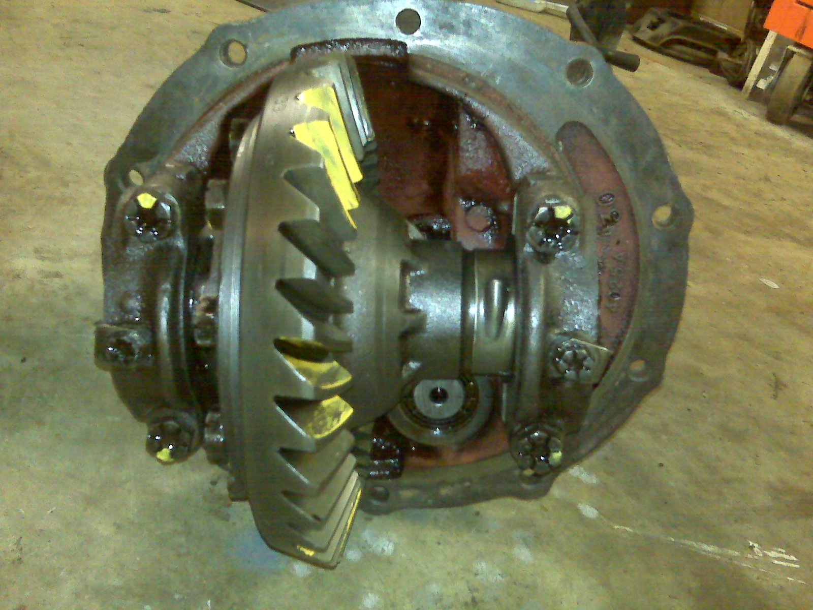 how to beef up the 8 inch differential?-img00228.jpg