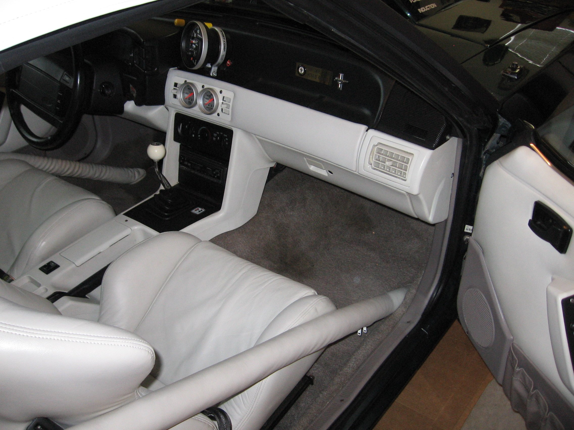 Roll Bar for a Mustang Convertible?-img_0017.jpg