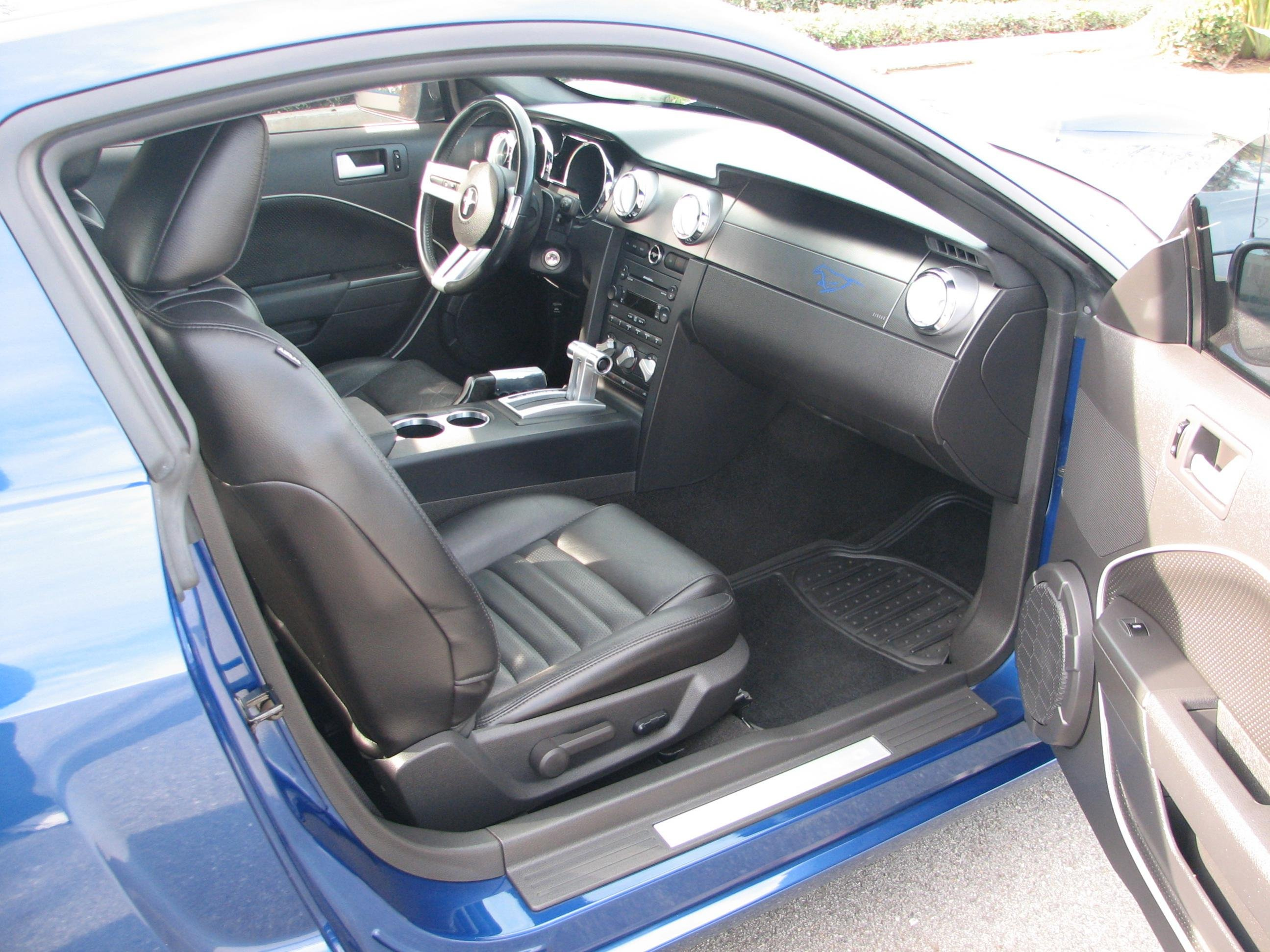 Interior Upholstery 2008 Mustang Deluxe Vs Premium Ford Mustang