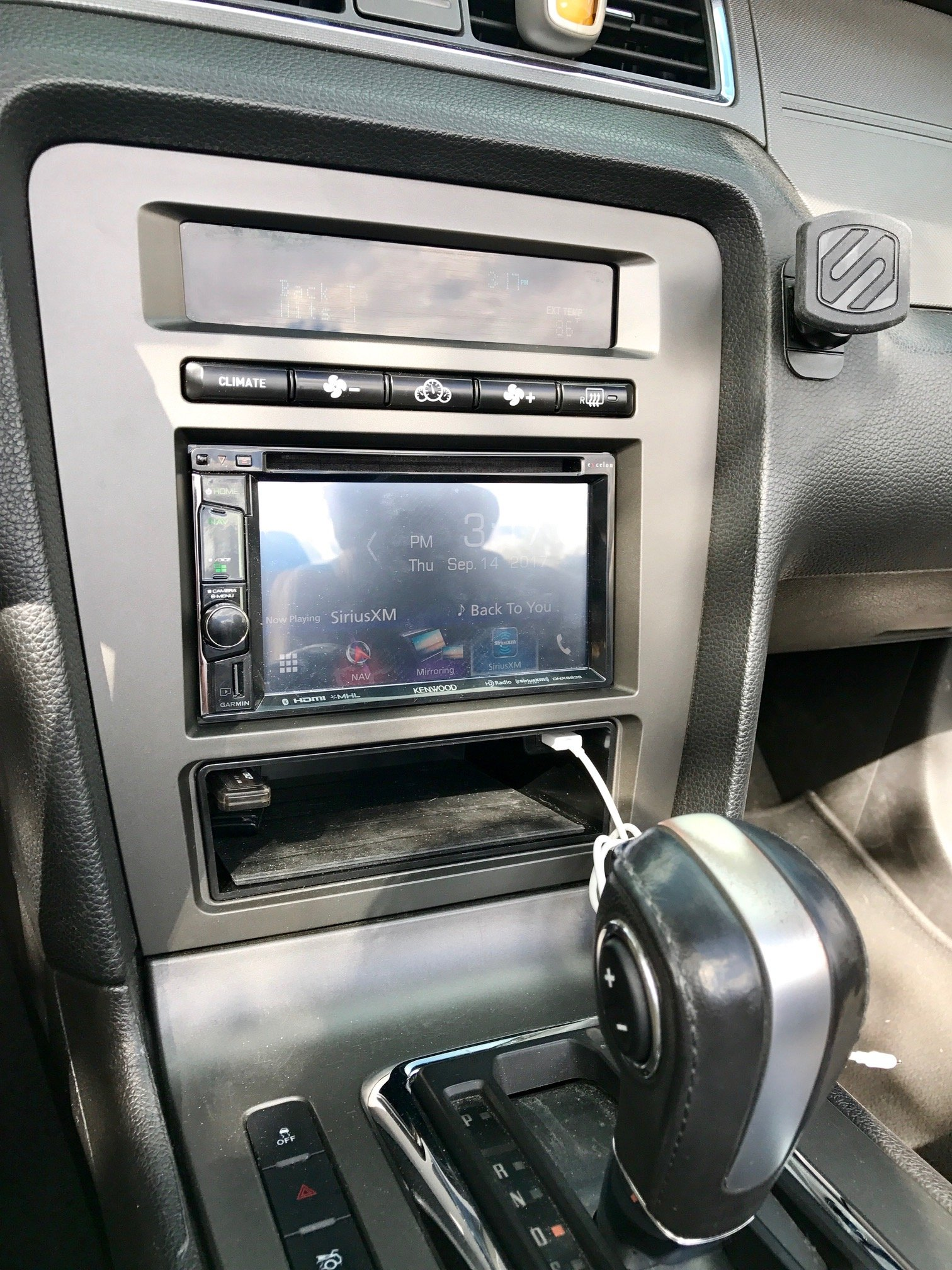 sync lockpick pro or idatalink maestro rr for head unit replacement