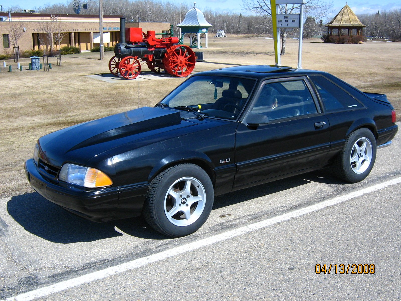 finally got a new 1990 mustang lx 5 0 ford. Black Bedroom Furniture Sets. Home Design Ideas