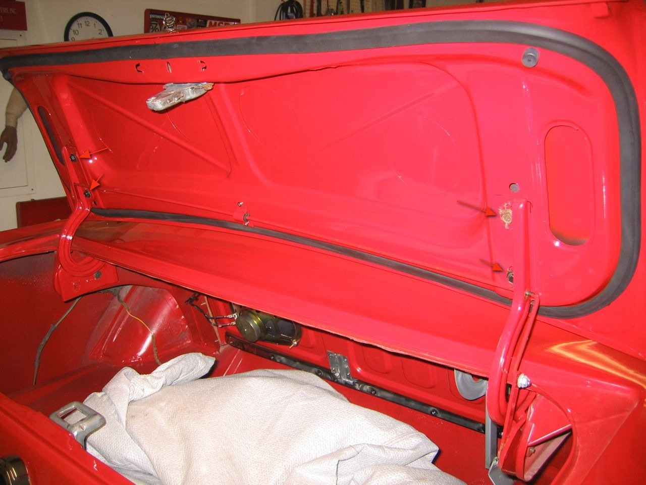 1965 Mustang Trunk Torsion Rods-img_0718.jpg