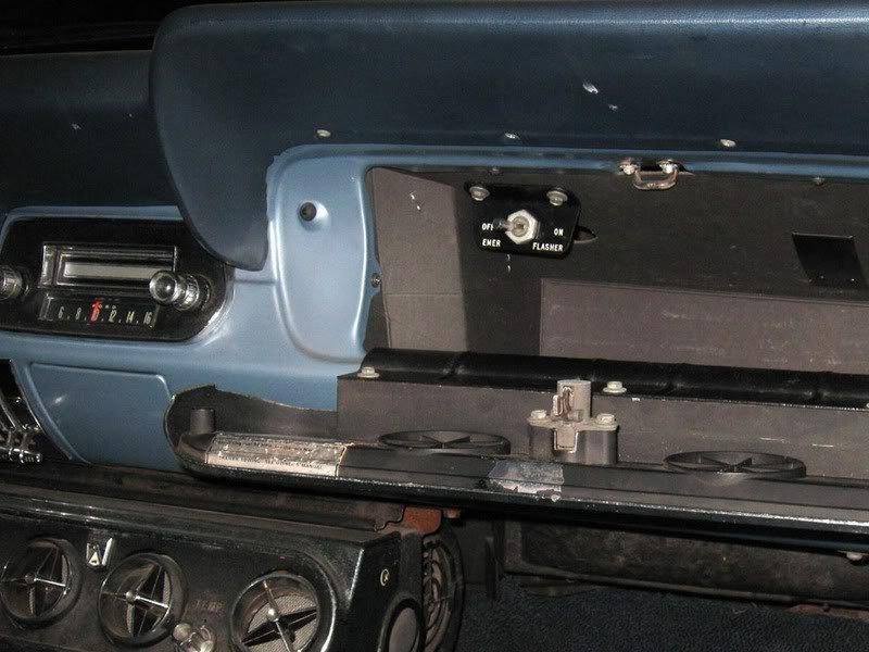 Standardwiperwasher likewise Clubalt in addition B F B D likewise B F A additionally Jeep Cherokee Fuse Box Diagram. on hazard light wiring diagram