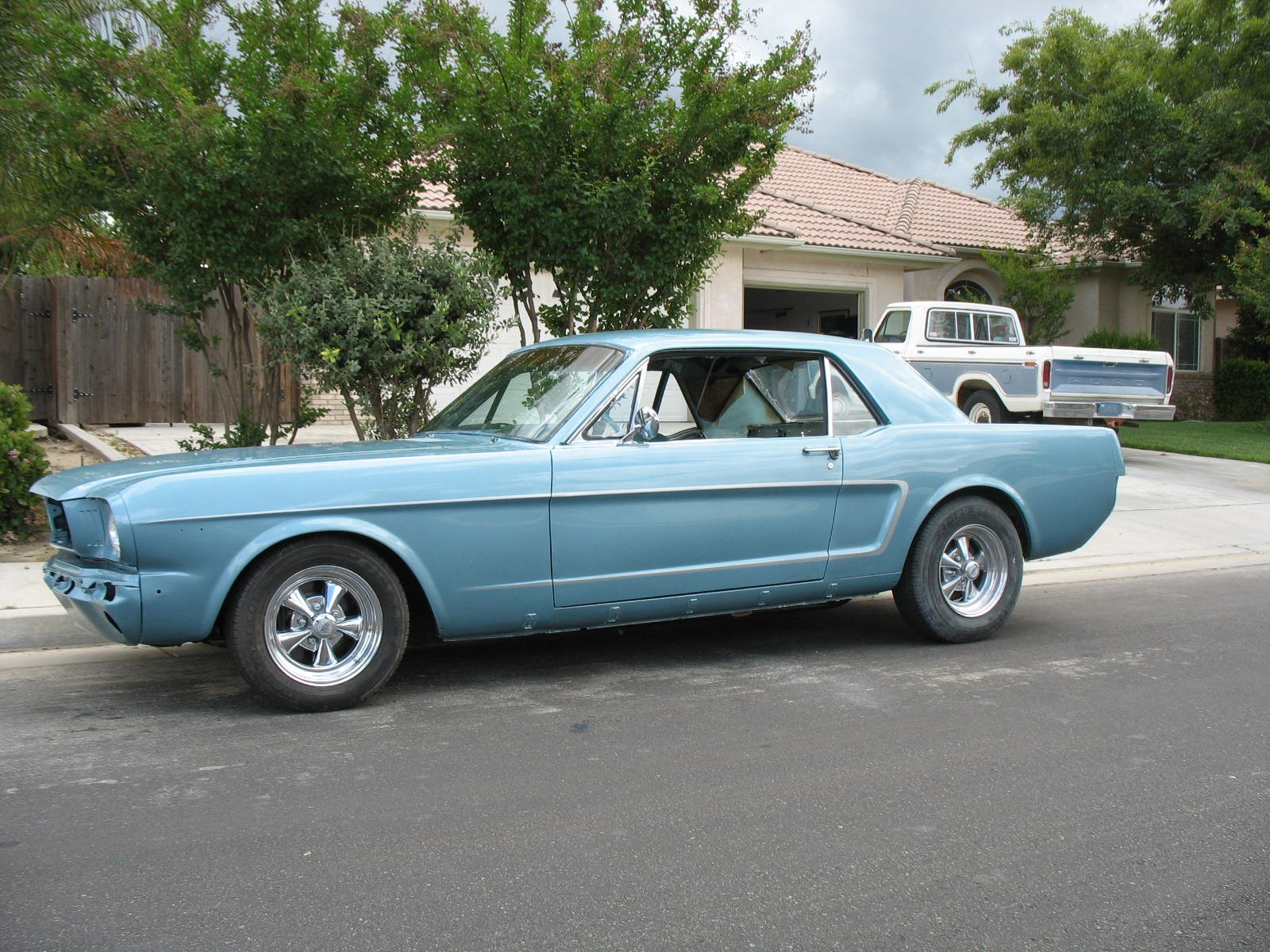 1966 mustang what is the real tahoe turquoise color ford mustang forum. Black Bedroom Furniture Sets. Home Design Ideas