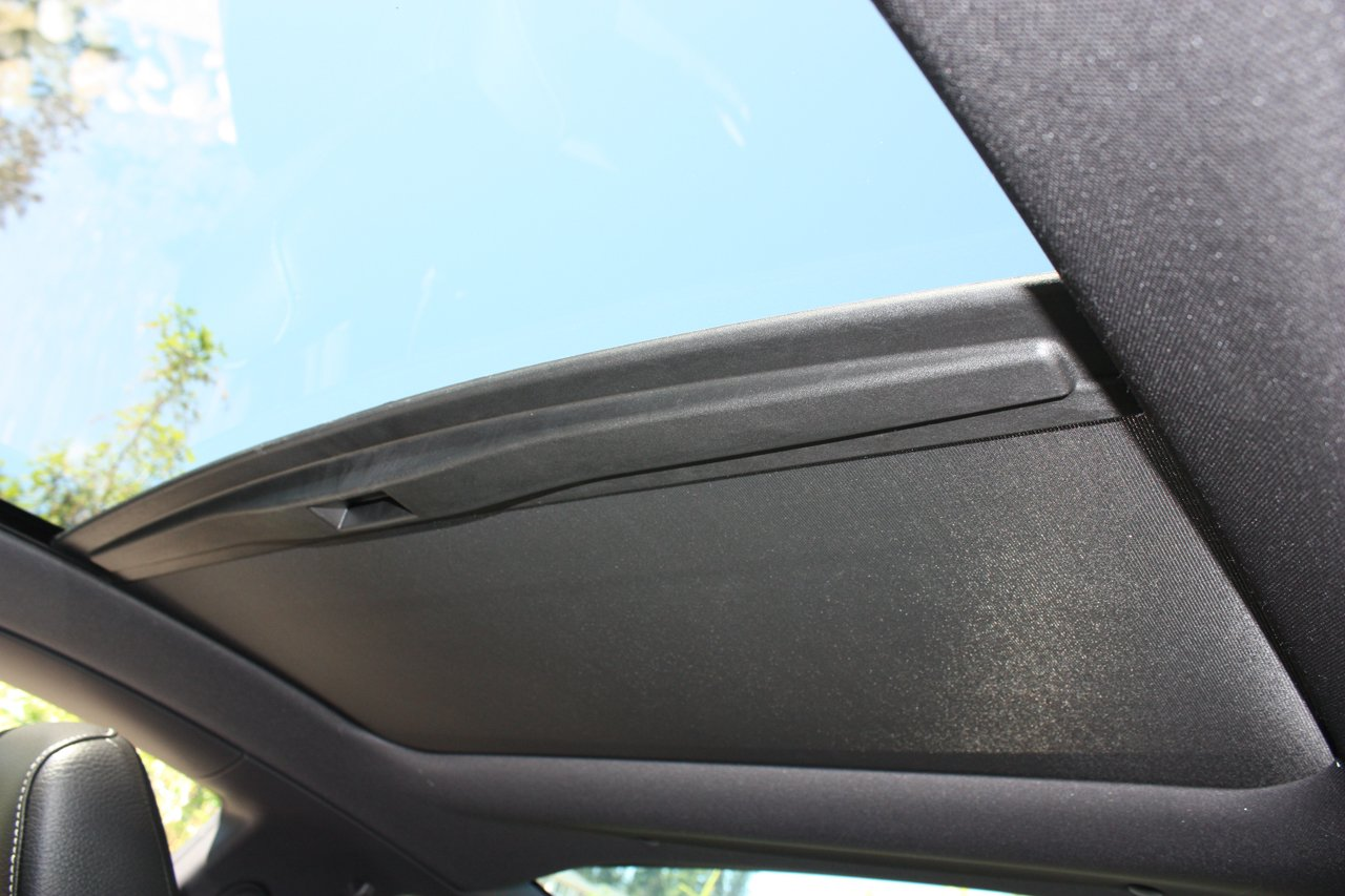 Glass Roof Headroom With Shade Closed Ford Mustang Forum