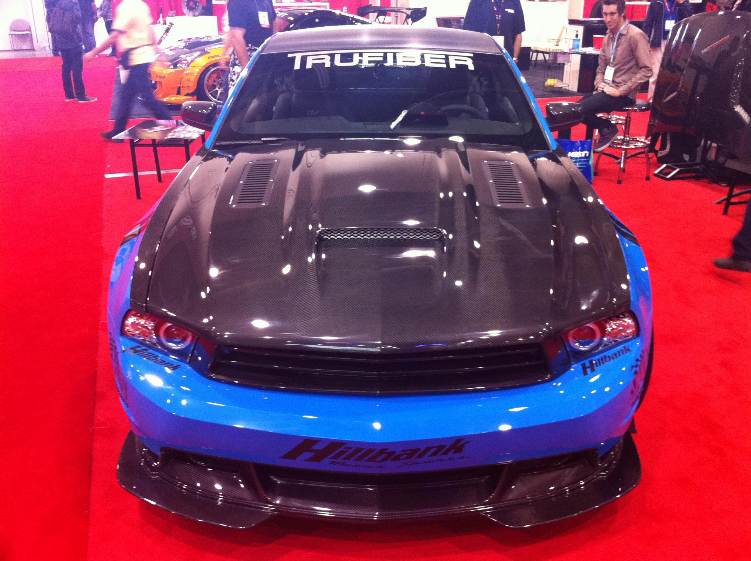 Make non functional hood scoop functional  - Ford Mustang Forum