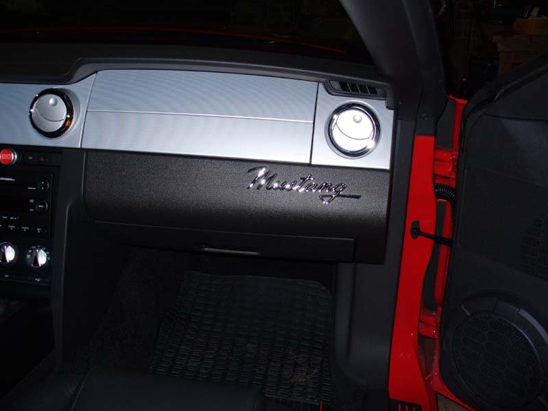 Ford Mustang Emblems Mustang Emblem Int1 Jpg