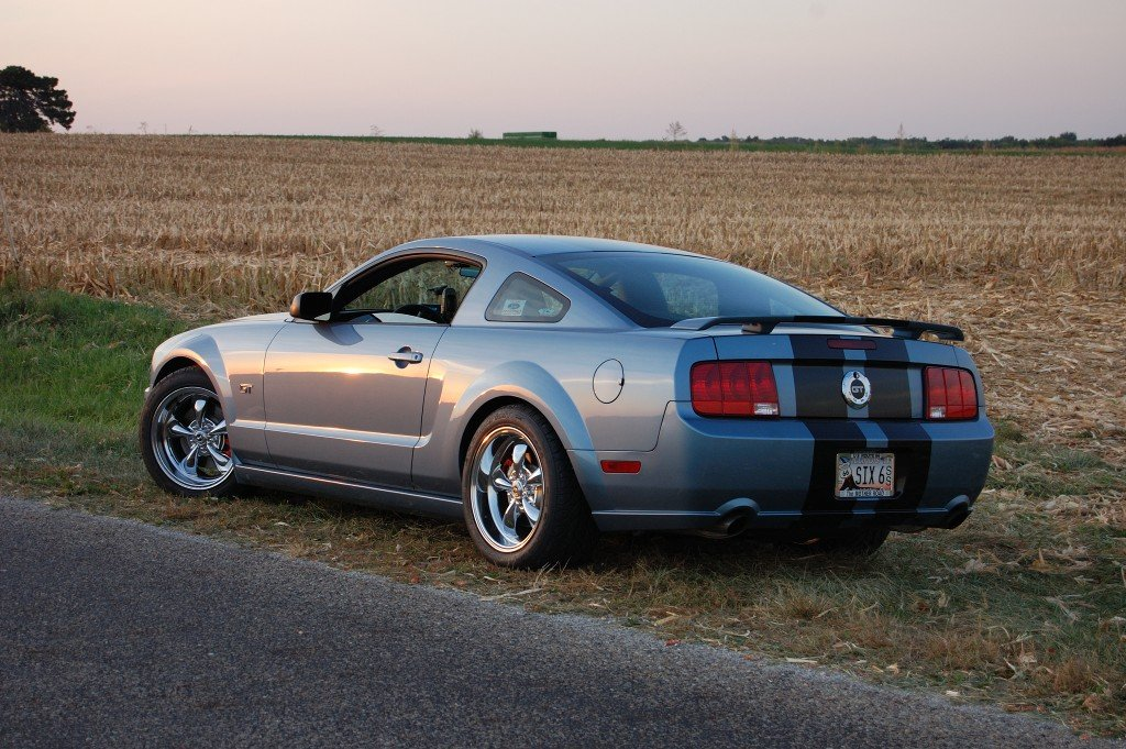 2006 Mustang Windveil Blue On Rims Anybody Ford