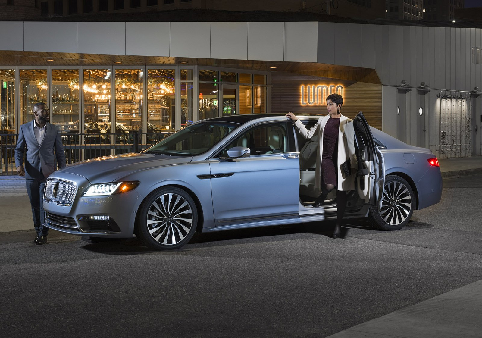 Doors Make the Man: Lincoln's Suicide-doored Continental Proves Exceptionally Popular Among the Well-off Crowd