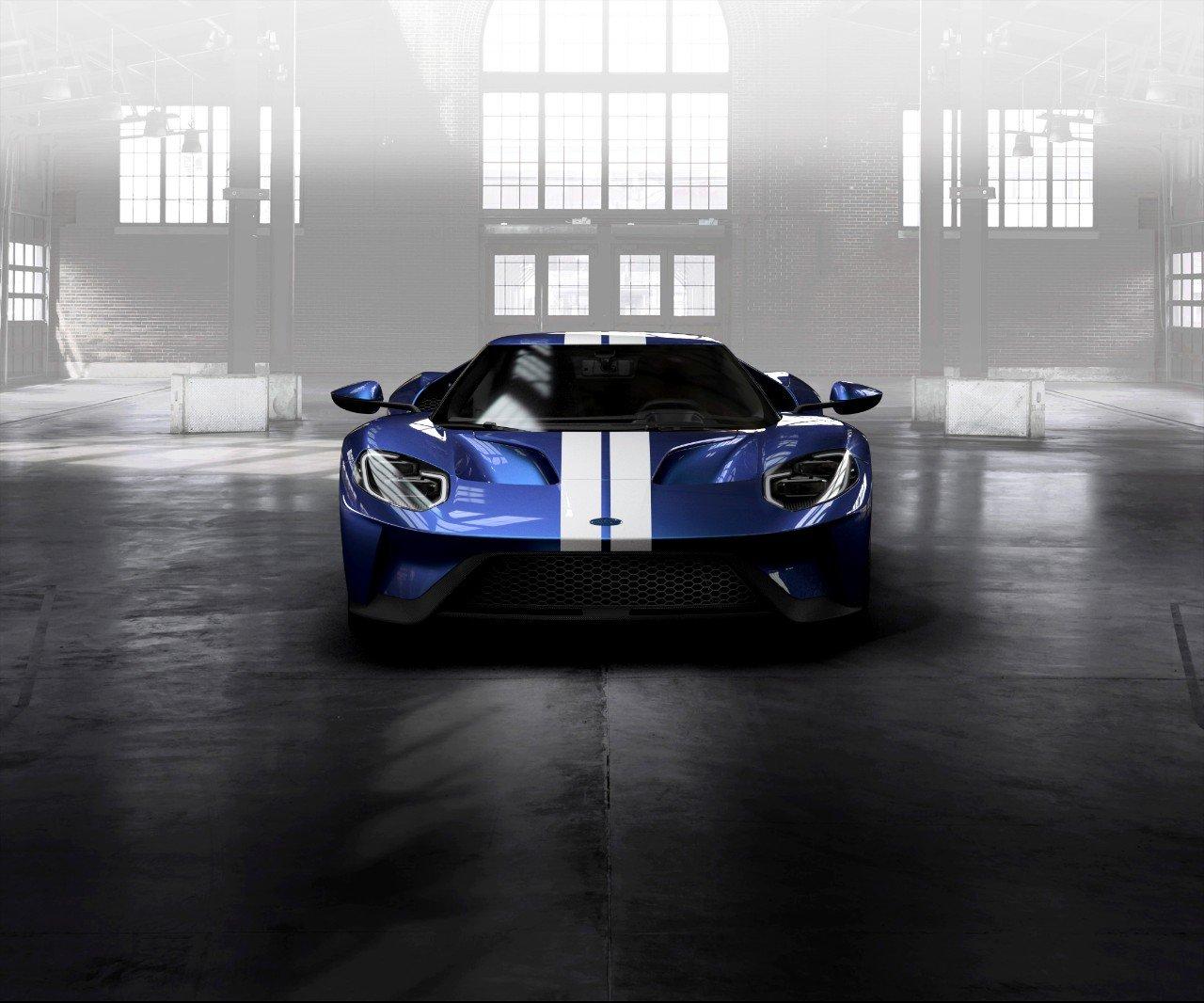 Liquid-Blue-Ford-GT-Frozen-White-Stripe-facing (1)