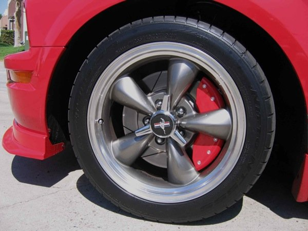 Calipers On Cars. Images Brake Caliper Cover